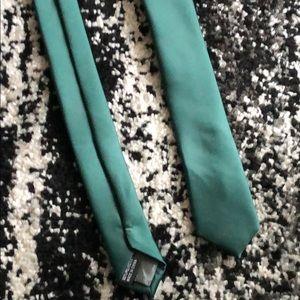 Dark Green Skinny Tie